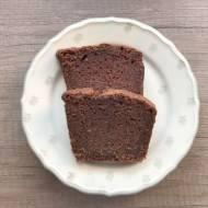 Proste ciasto czekoladowe z jabłkami i kakao