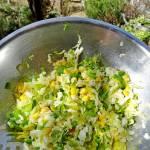 Słoneczna surówka z pekinki i kukurydzy