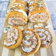 Rolada marchewkowa z łososiem