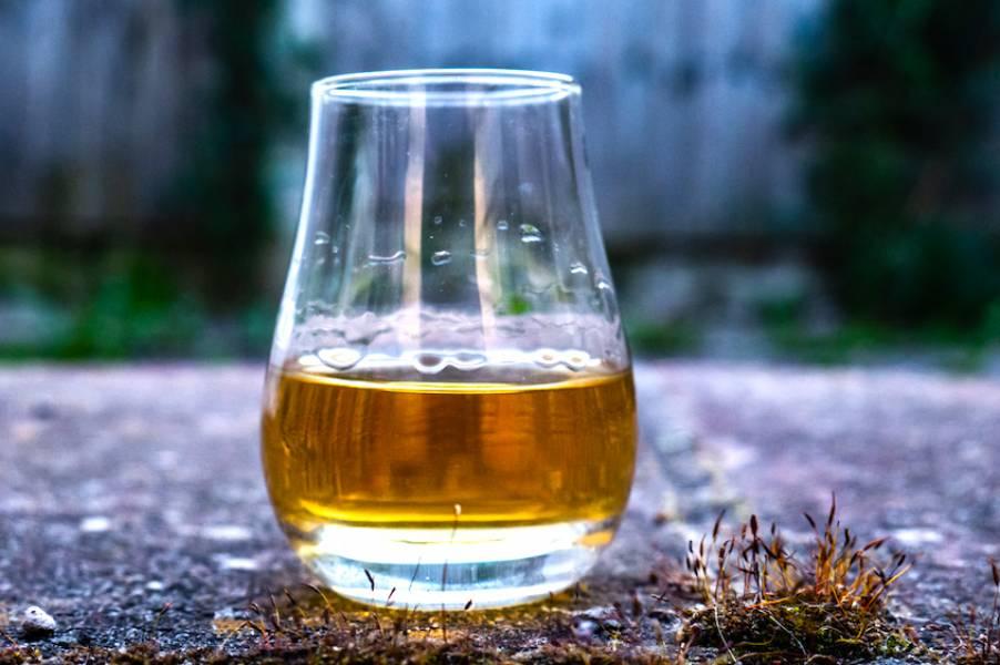 Lagavulin – whisky, która nie kłamie