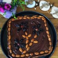 Mazurek kajmakowo – czekoladowy na kokosowym spodzie