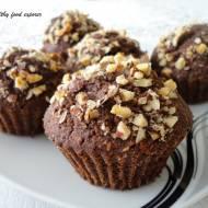 Czekoladowe owsiane muffinki z orzechami laskowymi