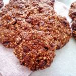 Owsiane ciasteczka z czekoladą bez cukru (Biscotti senza zucchero con fiocchi d'avena e cioccolato)
