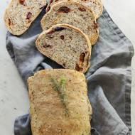 Chleb pszenno razowy z nasionami na drożdżach