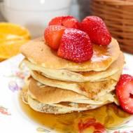 Pancakes na mleku i jogurcie