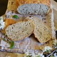 Chleb pszenno owsiany z pestkami dyni.
