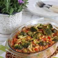 Zapiekanka z kurczakiem, ryżem i warzywami