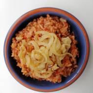 Syria - Pomidorowy ryż z soczewicą i smażoną cebulką