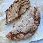 Chleb ze śliwkami pszenno-żytni