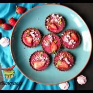 Mini tarty z malinowym curdem