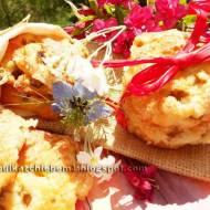 Ciastka gnieciuchy serowe z rabarbarem