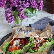 Tortilla z gyrosem i warzywami