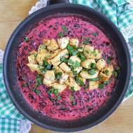 Kurczak w sosie z botwinką / Chicken in Young Beet Greens Sauce