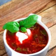 Zupa z botwinki – rodzinny przepis FIT