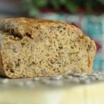 Chleb na maśle orzechowym