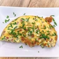 Domowy omlet z oliwkami