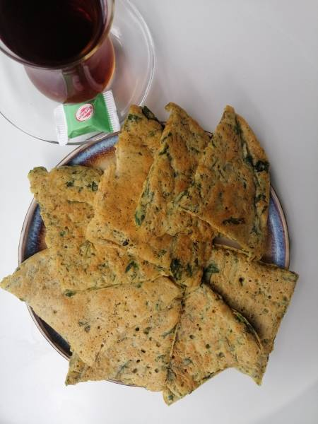 Azerbejdżan - Wegański omlet z ziołami (KyuKyu)