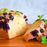 Razowe ciasto ucierane z borówkami FIT