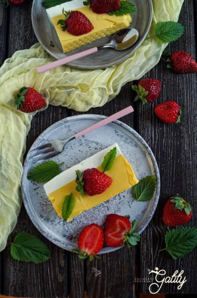 Jogurtowy sernik na zimno z mango