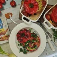 Papryka faszerowana kuskusem z cukinią, boczkiem z nutą curry - ostro, na gorąco