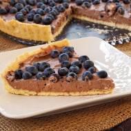 Tarta z kakaowym kremem mascarpone i borówkami