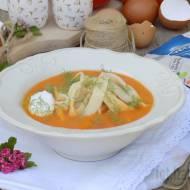 Zupa krem ze świeżych pomidorów z domowym makaronem