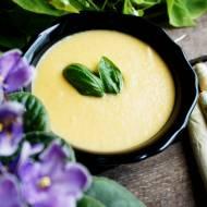 Kremowa zupa szparagowa z marchewką