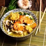 Zupa curry z kalafiorem i krewetkami