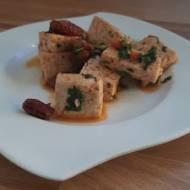 Smażone tofu z suszonymi pomidorami