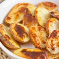Spuchnięte ziemniaki z piekarnika. Ta skórka jest przepyszna! PRZEPIS