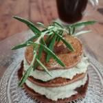 Włochy - Placuszki kasztanowe z kremem z wegańskiej ricotty ze słonecznika i nerkowców (Frittelle di castagne con crema di ricot