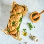 Zawijany chlebek pietruszkowy