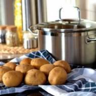 Garnki ze stali nierdzewnej – czy warto mieć je w kuchni?