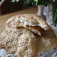 Indyjski chlebek z sezamem