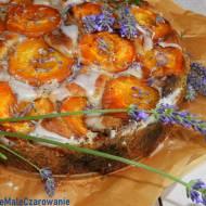 Lawendowe ciasto z morelami wg Yottama Ottolenghi