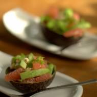 Sałatka z avocado z grejpfrutem