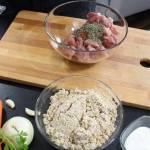 Kasza z mięsem i warzywami czyli danie jednogarnkowe z piekarnika