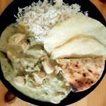 Zielone curry z kurczakiem czyli sposób na kurczaka z zielonymi warzywami w pysznym kremowym sosie.