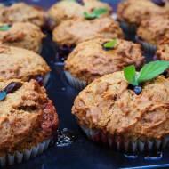 Marchewkowe muffiny z nadzieniem truskawkowym