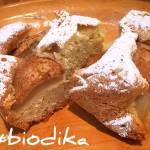 Ciasto z gruszką, imbirem i cynamonem