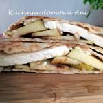 Quesadilla z serem i jabłkiem