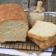 Chleb drożdżowy z kaszą manną i płatkami owsianymi