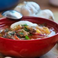 """Domowa zupa ,,Jak u mamy"""" czyli jak się robi barszcz ukraiński?"""