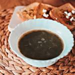 Kremowa zupa ze szpinakiem i serem feta