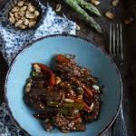 Stek z wolowiny z warzywami w sosie azjatyckim