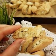 Cantuccini - proste i pyszne ciastka z Toskanii