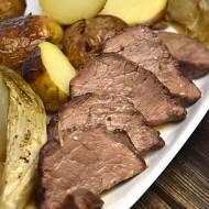 Wołowina z cykorią w sosie grzybowym na belgijskim piwie