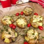 Pieczone młode ziemniaki z camembertem
