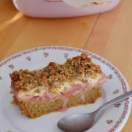 148. Różowe szaleństwo, czyli ciasto ucierane z rabarbarem i budyniem waniliowym pod owsiano-razową kruszonką