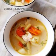 Zupa jarzynowa z żółtą fasolką